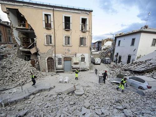 Ecco cosa fare in caso di terremoto   San Francesco ...