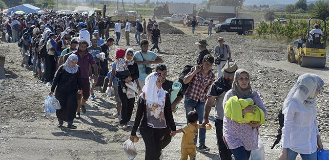 Serbia: sbarcati molti migranti, già c'è un arresto.